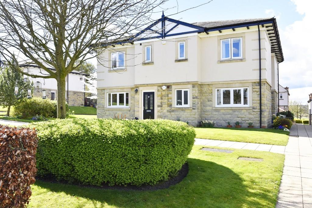 2 Bedrooms Apartment Flat for sale in Hollins Hall, Hampsthwaite