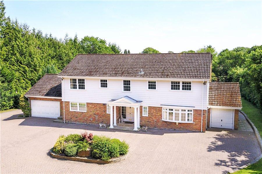 5 Bedrooms Detached House for sale in Martinsend Lane, Great Missenden, Bucks HP16