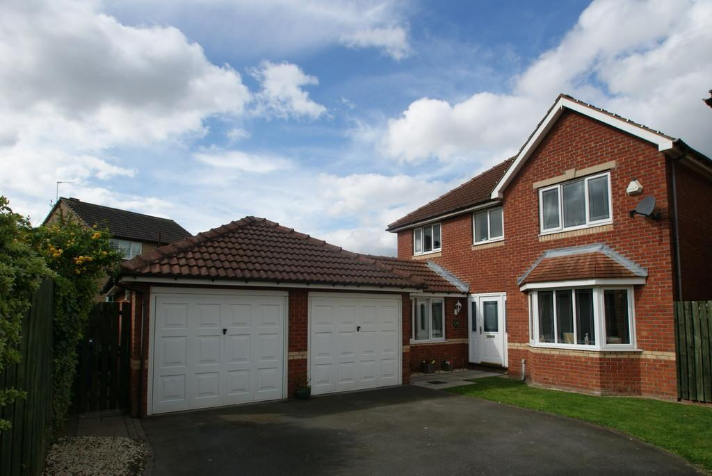 4 Bedrooms Detached House for sale in Thorne Close, Harworth