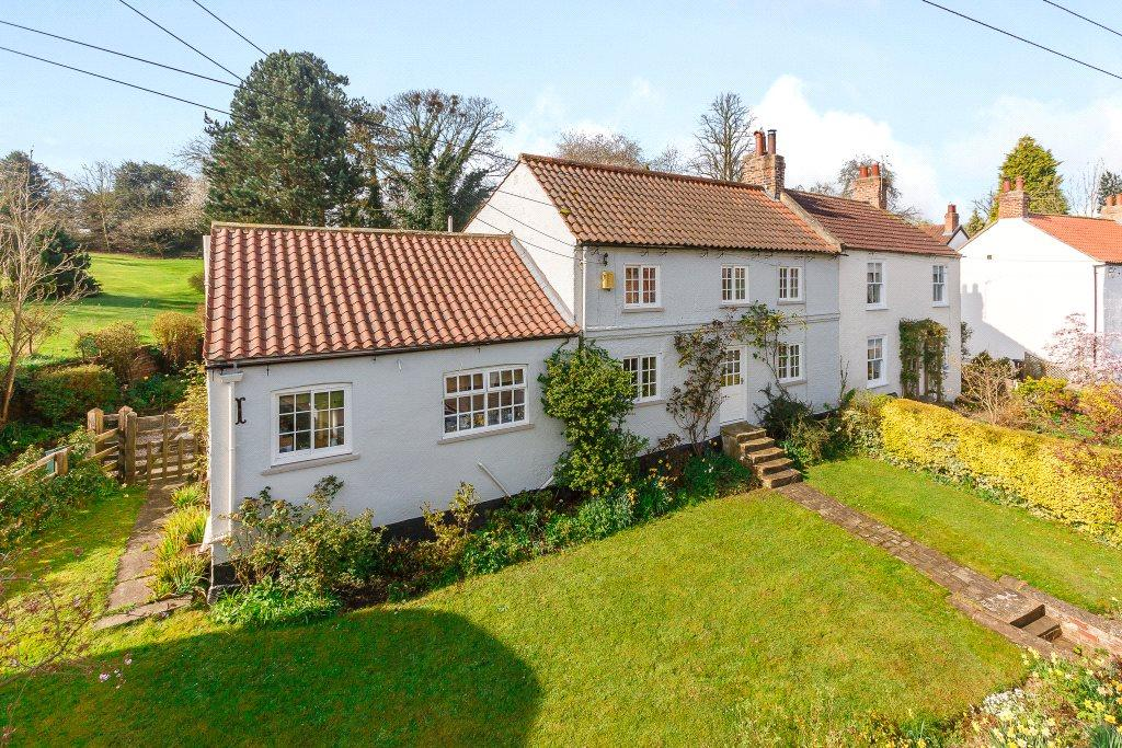 4 Bedrooms House for sale in High Street, Whixley, York