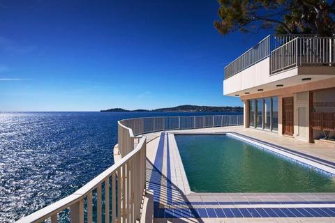 4 bedroom house  - Eze Bord de Mer, French Riviera