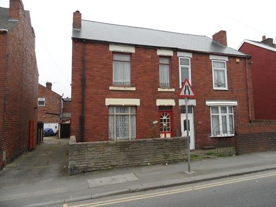 3 Bedrooms Semi Detached House for sale in 77 Barnsley Road, Goldthorpe, Barnsley, S63 9AA