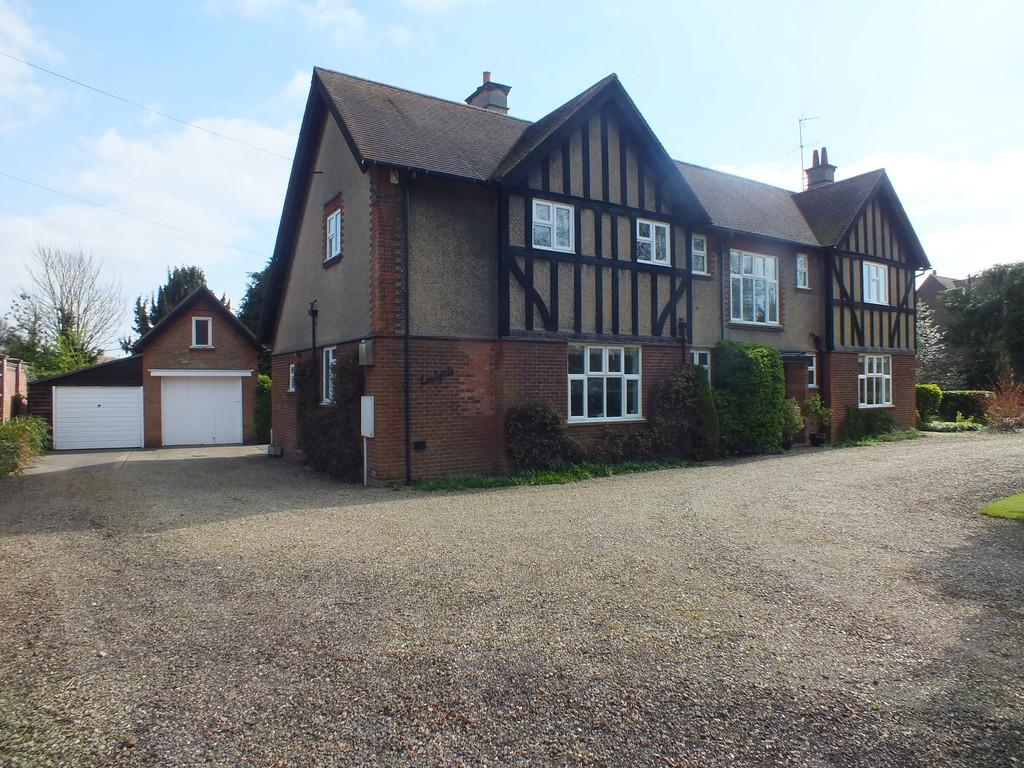 5 Bedrooms Detached House for sale in Love Lane, Spalding