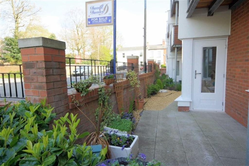 2 Bedrooms Apartment Flat for sale in Highcross, Rainford, St Helens, WA11