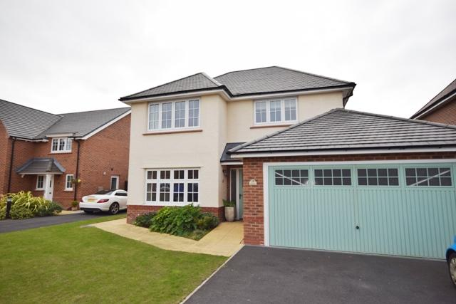 4 Bedrooms Detached House for sale in Victory Boulevard, Lytham , FY8