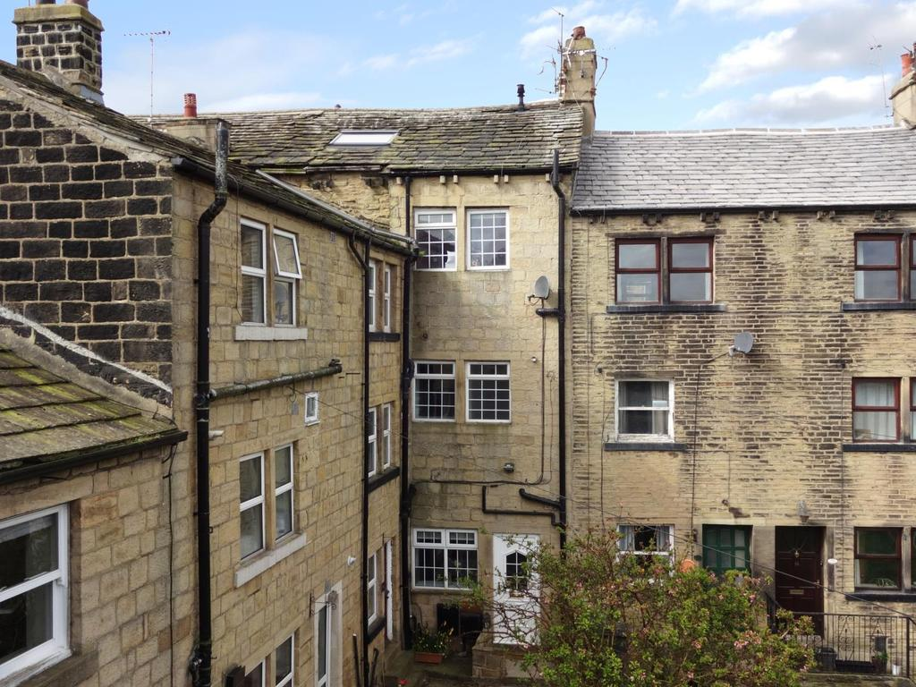 2 Bedrooms Terraced House for sale in Thornhill Street, Calverley