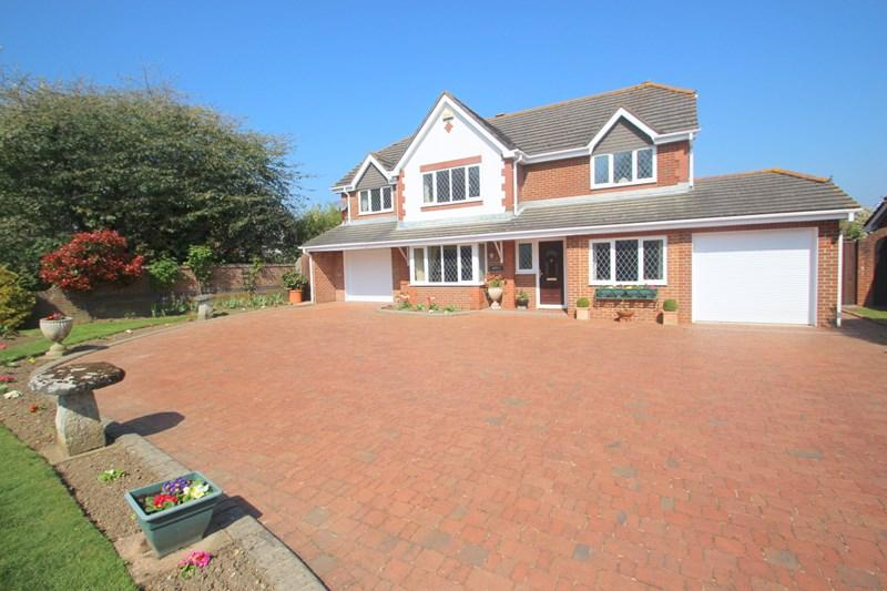 5 Bedrooms Detached House for sale in High Street, Hamble, SOUTHAMPTON