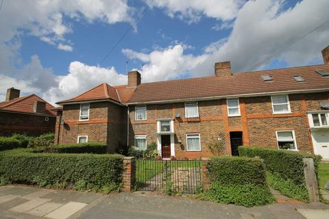 Search 4 bed houses for sale in morden onthemarket for Morden houses for sale