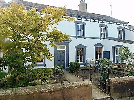 3 Bedrooms Town House for sale in River View, 6 Waterloo Street, Cockermouth, CA13 9NB