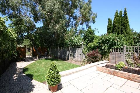 4 bedroom semi-detached house to rent - Gloucester Road, Cheltenham, Glos, GL51