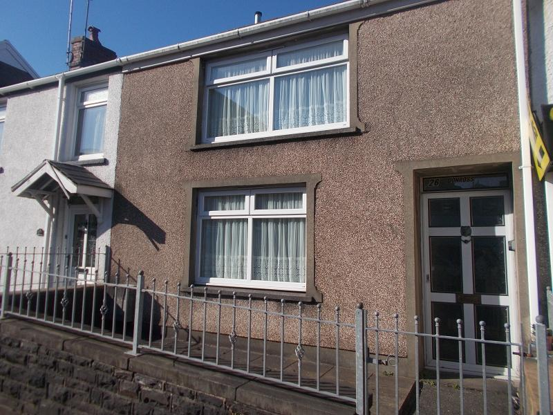 2 Bedrooms Terraced House for sale in New Road, Skewen, Neath, Neath Port Talbot.