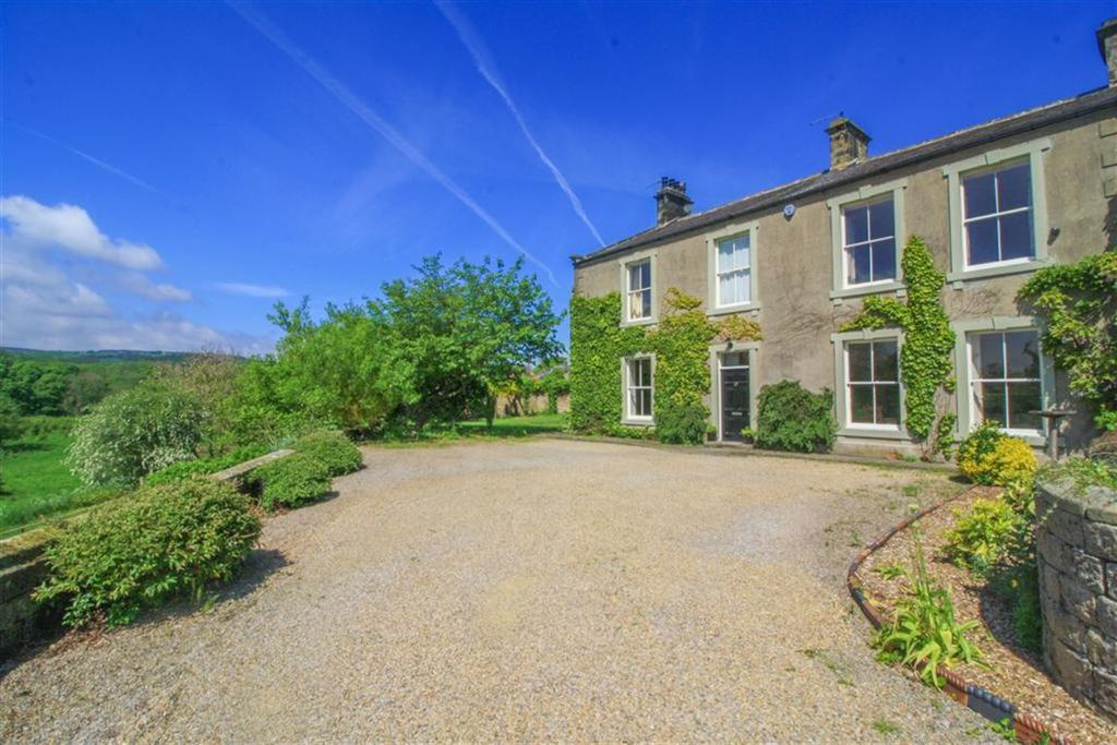 4 Bedrooms Semi Detached House for sale in Summerbridge, North Yorkshire
