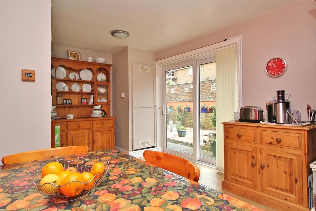 3 Bedrooms Detached House for sale in Kipling Avenue, Woodingdean