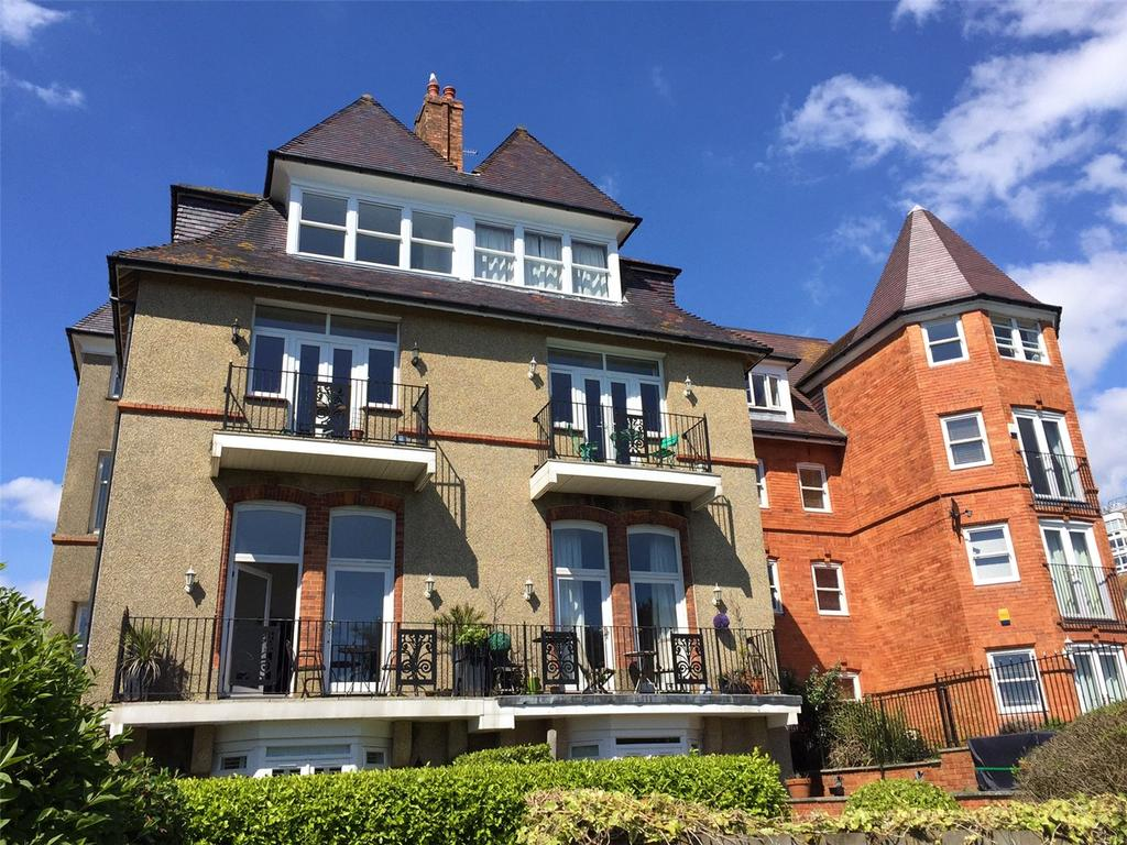 2 Bedrooms Flat for sale in West Cliff Gardens, Bournemouth, Dorset, BH2