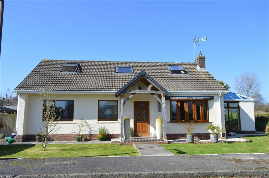 4 Bedrooms Detached Bungalow for sale in South Close, Bishopston, Swansea