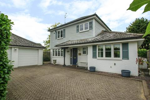 3 bedroom detached house for sale - Swan Lane, Stock, Essex, CM4