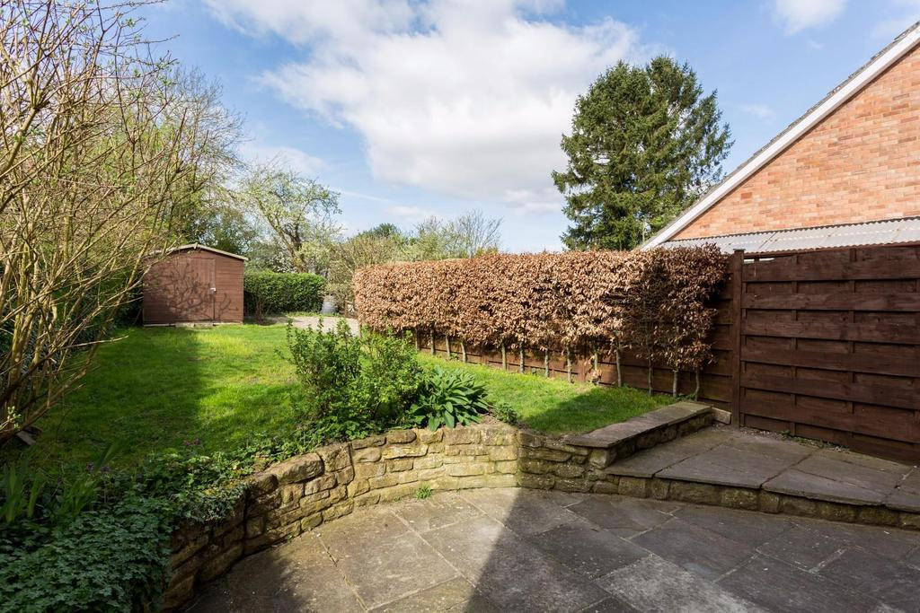 3 Bedrooms Cottage House for sale in Main Street, Holtby, York