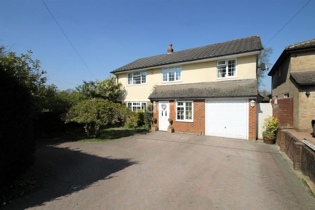4 Bedrooms Detached House for sale in Crossways, Tatsfield