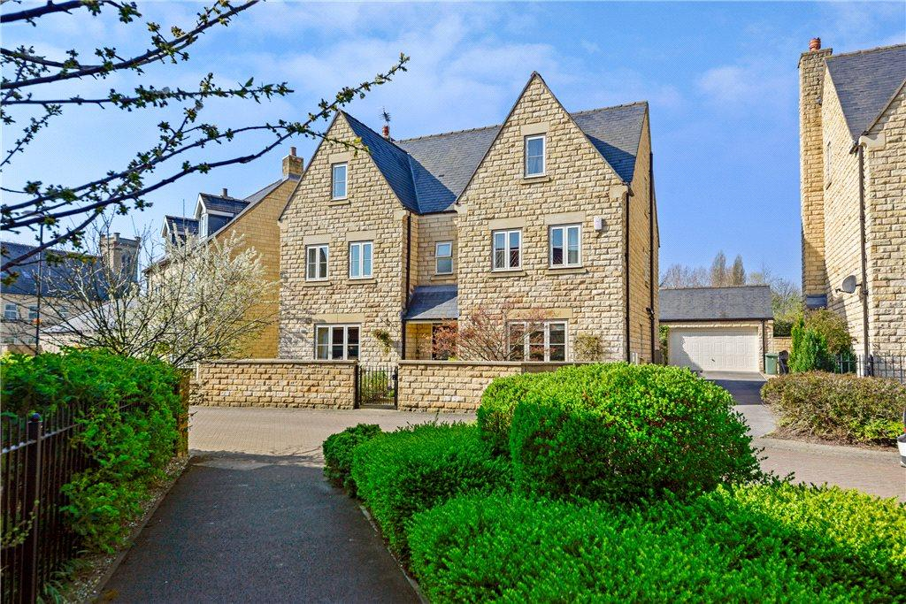5 Bedrooms Detached House for sale in Nunnery Way, Clifford, Wetherby, West Yorkshire