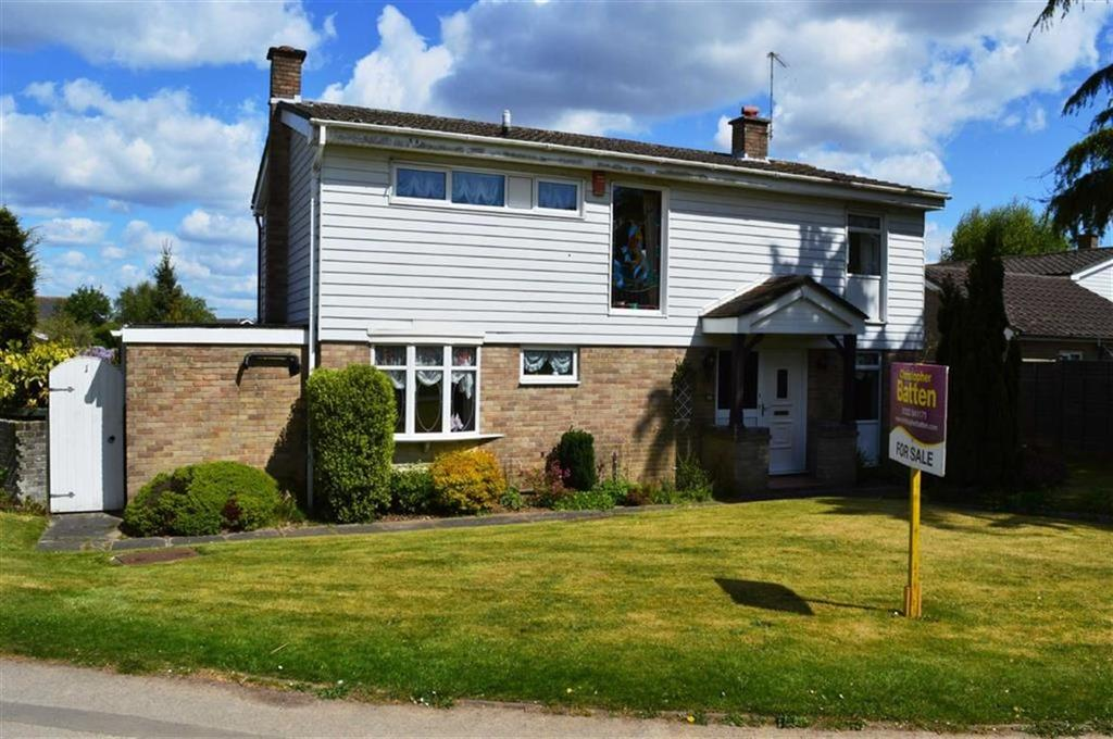 4 Bedrooms Detached House for sale in Sopwith Crescent, Wimborne, Dorset