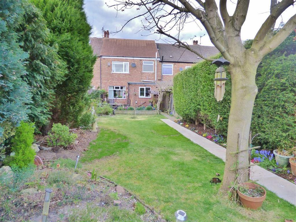 3 Bedrooms Terraced House for sale in Rydal Grove, Cottingham