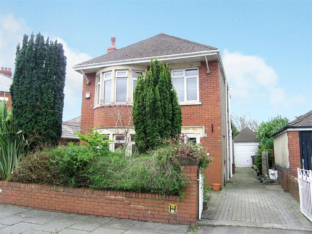 3 Bedrooms Detached House for sale in St Anthony Road, Heath, Cardiff