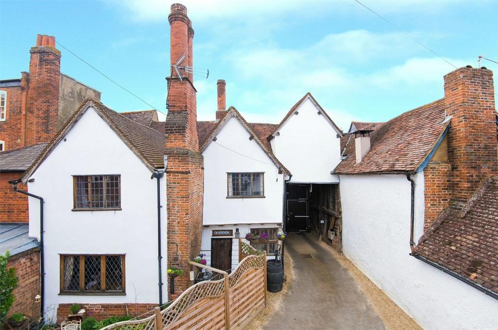 3 Bedrooms Terraced House for sale in Bancroft, Hitchin, Hertfordshire