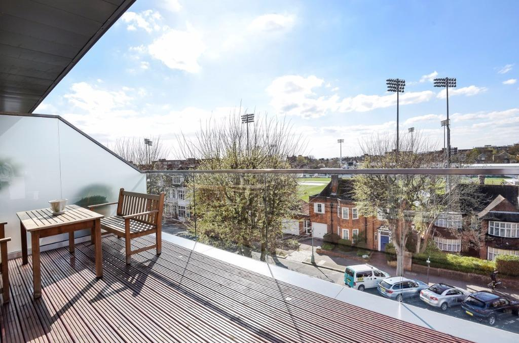 3 Bedrooms Penthouse Flat for sale in Palmeira Avenue Hove East Sussex BN3