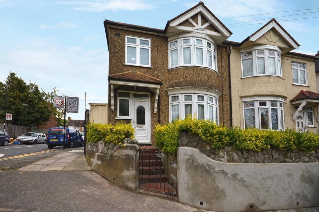 3 Bedrooms Semi Detached House for sale in Stainton Road London SE6