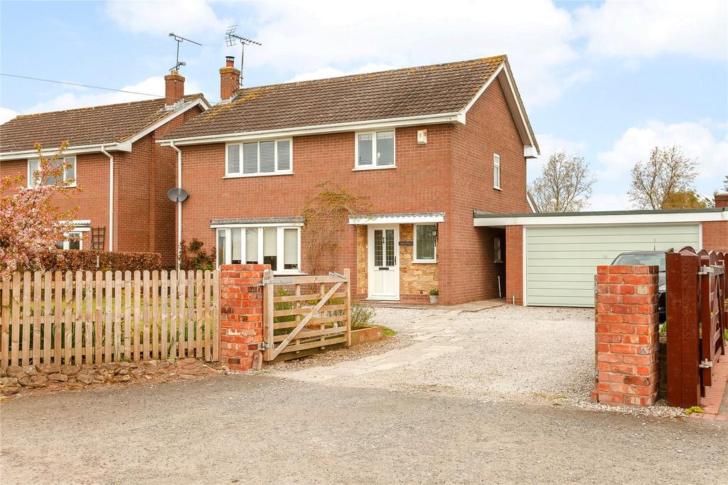 4 Bedrooms Detached House for sale in Holt, Wrexham