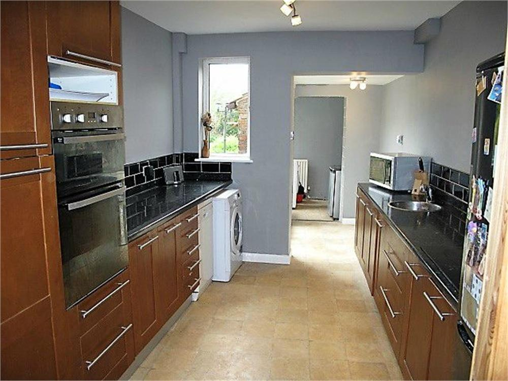 3 Bedrooms Semi Detached House for sale in Greenshaw Lane, Patrington, Hull, East Riding of Yorkshire