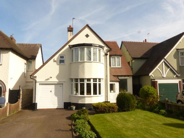 3 Bedrooms Detached House for sale in Sutton Road,Walsall,West Midlands