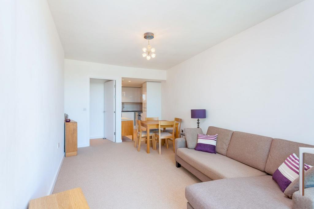 1 Bedroom Flat for sale in Falcon Wharf, Lombard Road, SW11