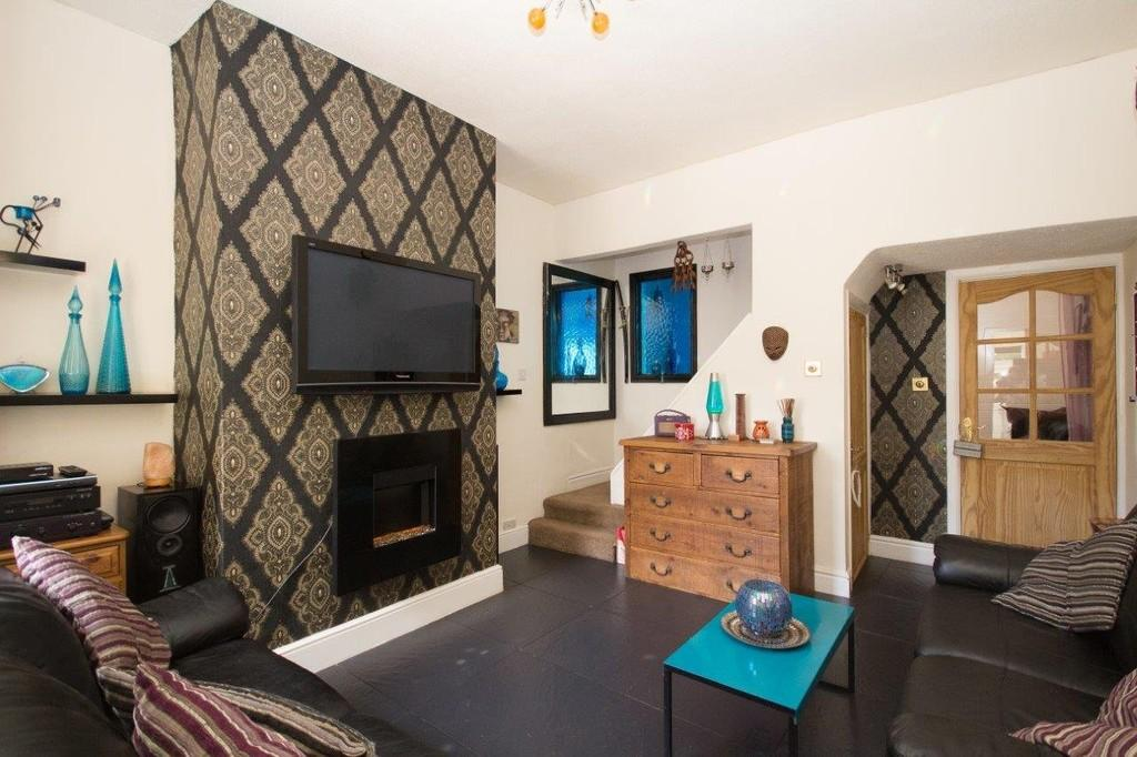 2 Bedrooms Terraced House for sale in Worcester Street, Barrow