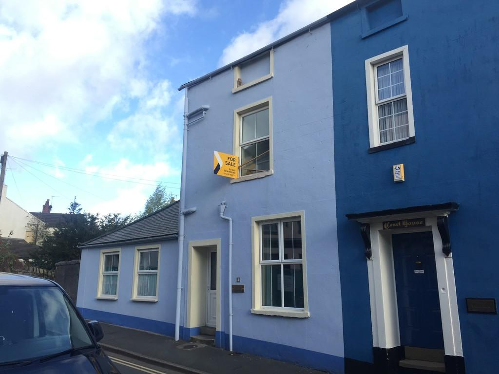 4 Bedrooms Semi Detached House for sale in Union Street, Ulverston