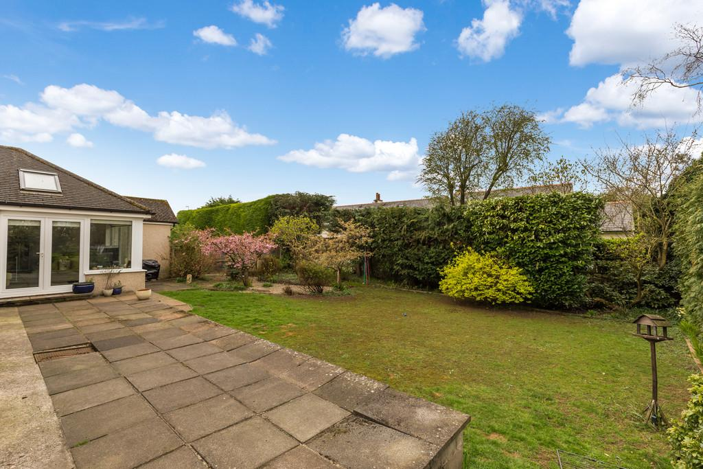 2 Bedrooms Detached Bungalow for sale in 15 Spring Bank, Silverdale, Carnforth, Lancashire, LA5 0TD
