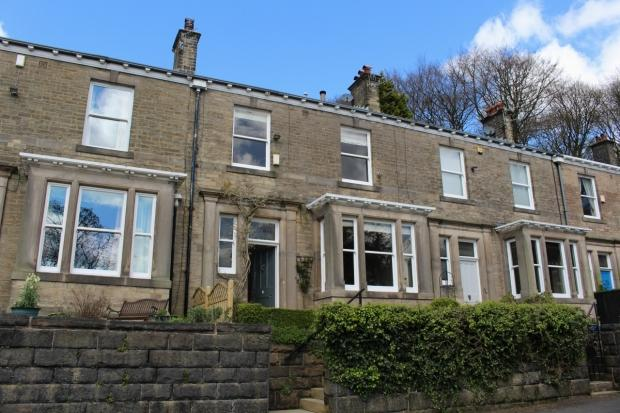 5 Bedrooms Terraced House for sale in Sunnyside Todmorden