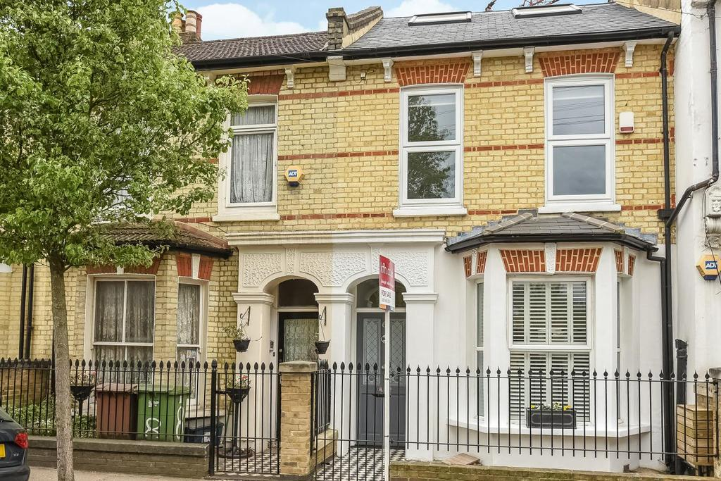 4 Bedrooms Terraced House for sale in Maxted Road, Peckham, SE15