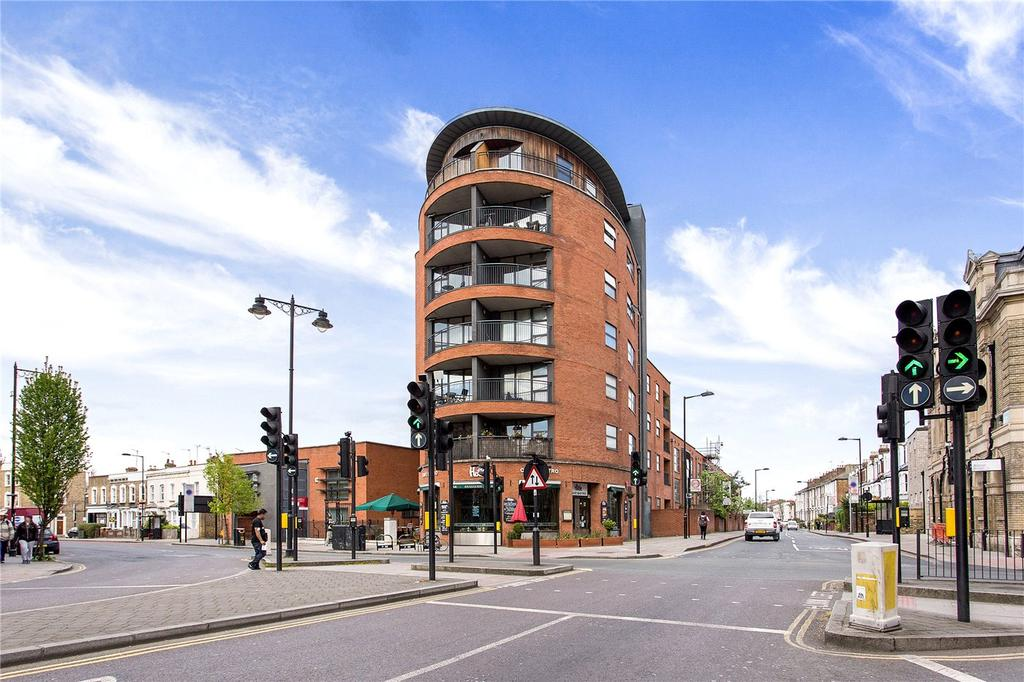 1 Bedroom Flat for sale in Holland House, 42 Newington Green, London, N16
