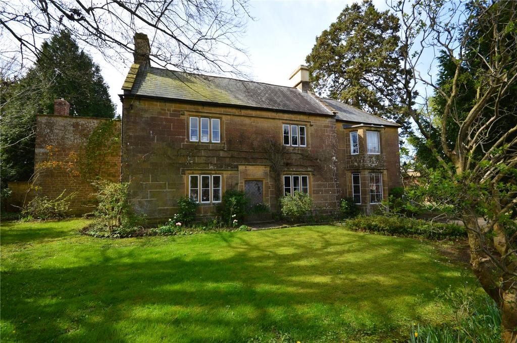 5 Bedrooms House for sale in North Street, Martock, Somerset, TA12