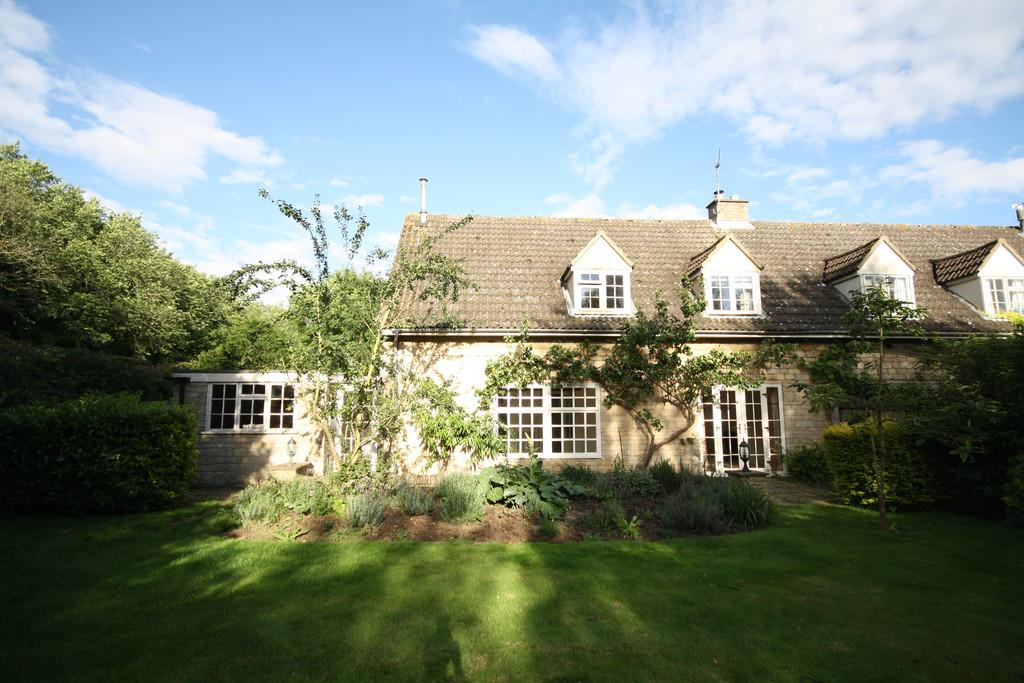 4 Bedrooms Cottage House for sale in Main Street, Clipsham