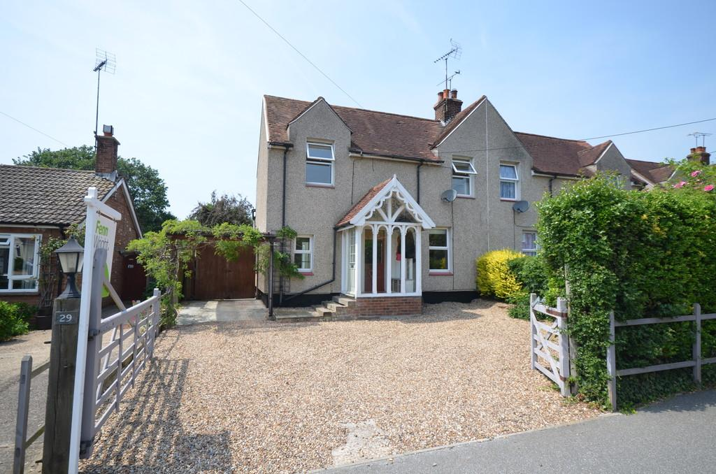 2 Bedrooms Semi Detached House for sale in Kelvedon Road, Wickham Bishops