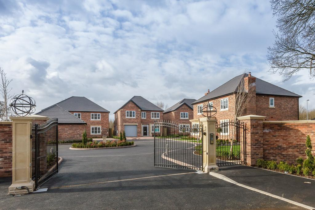 4 Bedrooms Detached House for sale in Willaston, Nantwich, Cheshire