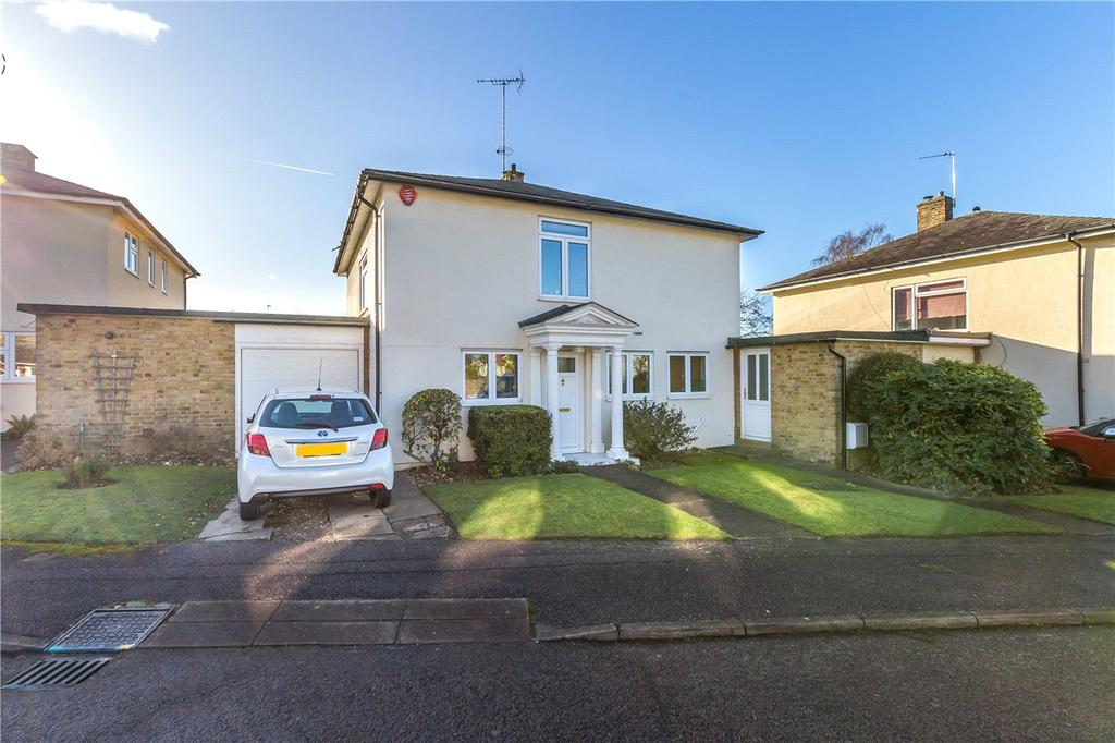 4 Bedrooms Detached House for sale in Roe Green Close, Hatfield, Hertfordshire