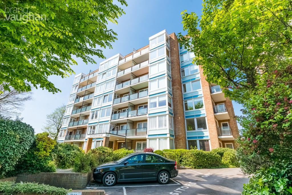 2 Bedrooms Flat for sale in New Church Road, Hove, BN3