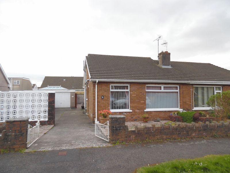 2 Bedrooms Semi Detached Bungalow for sale in Heol Croesty Pencoed Bridgend CF35 5LT