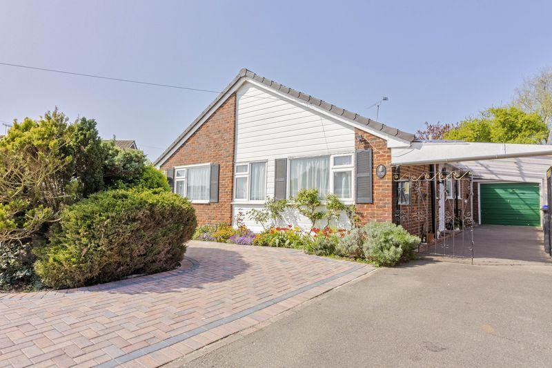 3 Bedrooms Bungalow for sale in New Road, Worthing
