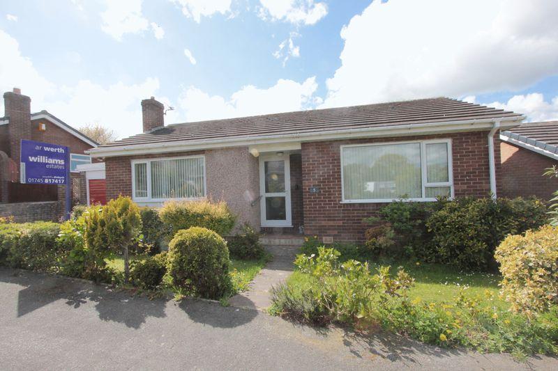 2 Bedrooms Detached Bungalow for sale in Parc Y Llan, Denbigh