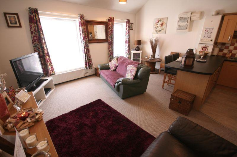 2 Bedrooms Flat for sale in Newry Street, Holyhead, Anglesey