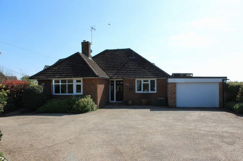 3 Bedrooms Detached House for sale in Mereworth